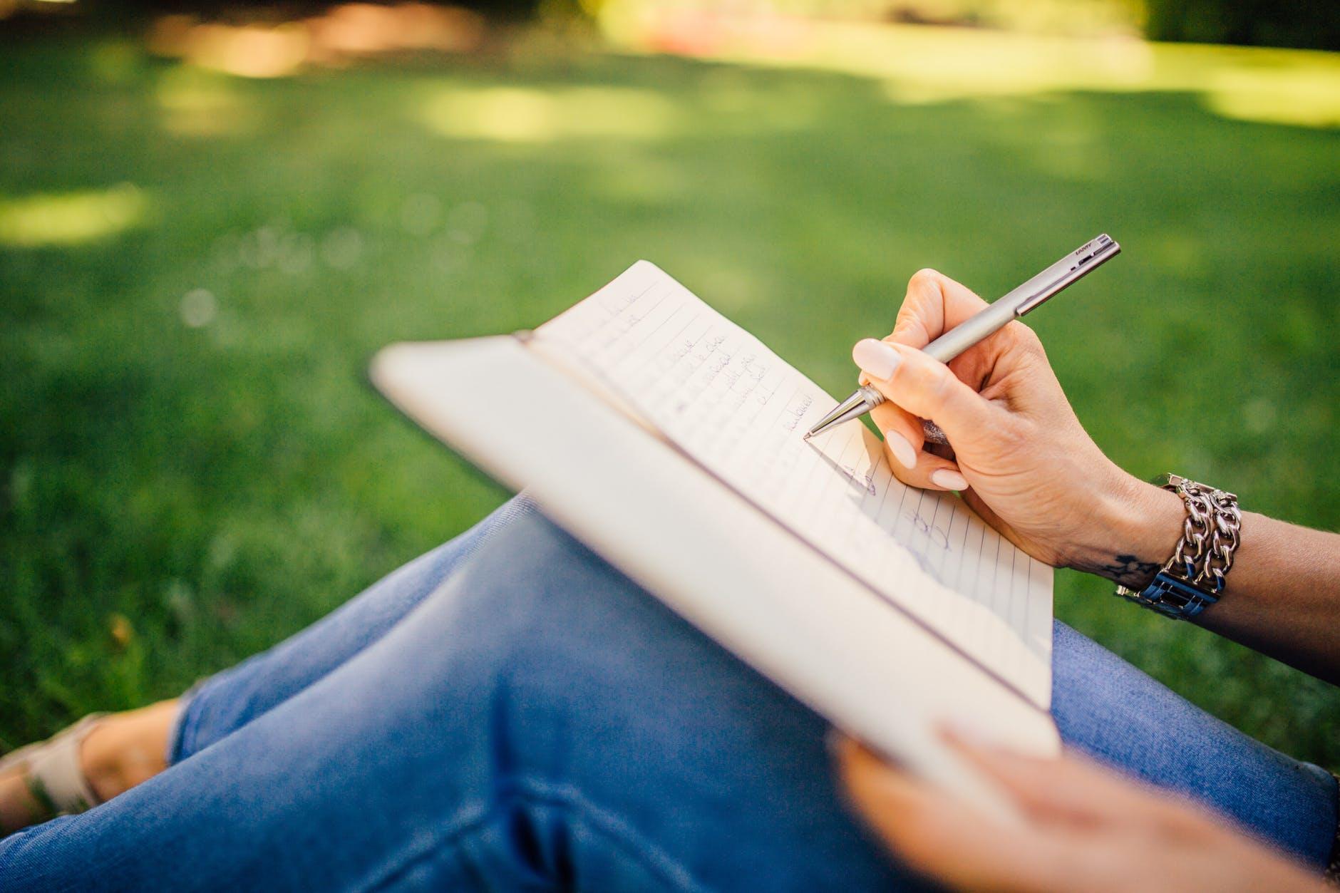 Nieuw! Krijg online ondersteuning bij het schrijven van je verhaal.